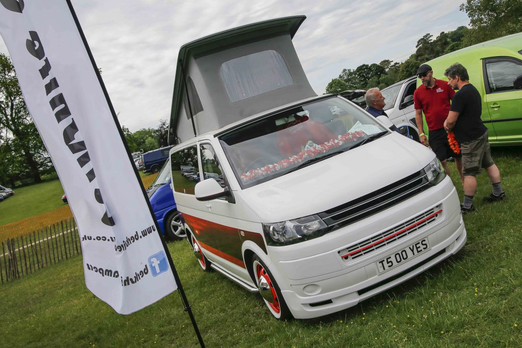 White T5 Transporter with whitewall tyres