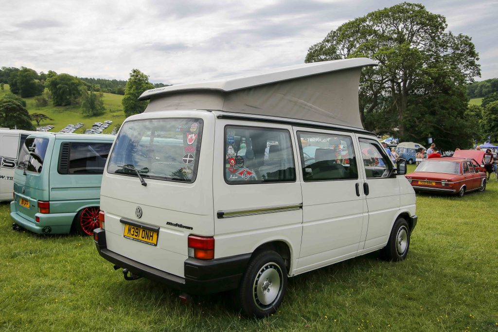 VW T4 Multivan with poptop