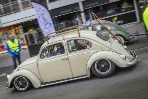 VW beetle driving to Ninove 2019