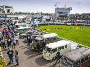 Splitscreen Buses at Volksworld Show